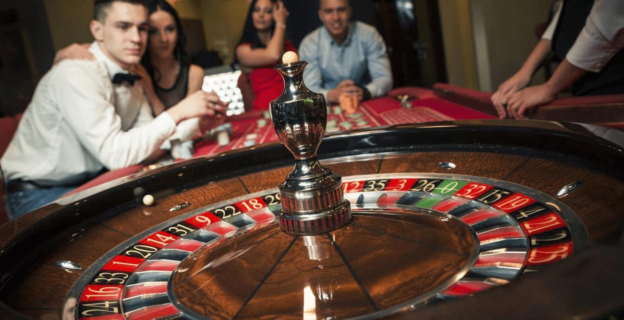 [Image: roulette-spielen-header.png]